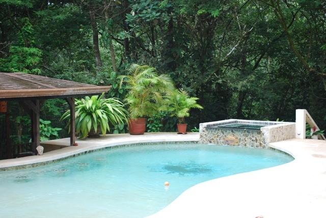 RENT Seclusion in Paradise Santa Teresa